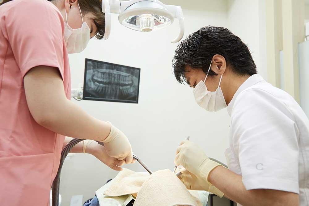 歯の再植術